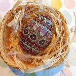 Точечная роспись декоративных пасхальных яиц