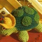 Игольница «Черепаха Тортилла» и другие вязаные черепашки