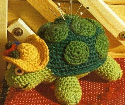 черепаха, вязание, из пряжи, вязание крючком, вязание спицами, черепахи вязаные, черепахи своими руками, идеи черепах, идеи игольниц, схемы, из текстиля, игрушки вязаные, животные вязаные, игрушки мягкие, для детей,