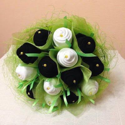 носки, розы из носков, розы из текстиля, розы на 23 февраля, розы на День Влюбленных, розы для мужчин, букет из носков, цветы из носков, букеты текстильные, цветы из носков, букеты необычные, носки в подарок, упаковка носков, оформление носков, из носков, подарки на 23 февраля, подарки на День влюбленных, подарки своими руками, подарки для мужчин, мастер-класс, мастер-классы из носков, мастер-классы букетов, мастер-классы подарков,