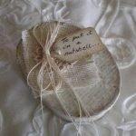 Винтажная ореховая упаковка для крохотного подарка