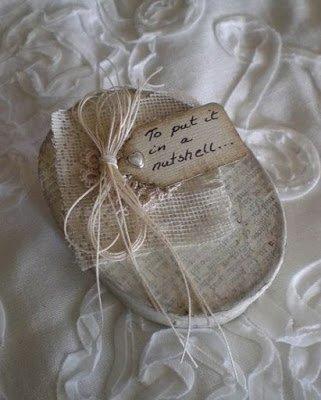 подарок на день святого Валентина, подарки на день всех влюбленных своими руками, подарок к дню святого Валентина своими руками, день всех влюбленных подарки, подарок на день святого Валентина парню своими руками, что подарить на день влюбленных мужу, подарки на 14 февраля, подарки на день святого Валентина, любовные подарки, подарки для влюбленных, подарок на день святого Валентина девушке своими руками подарок на день святого Валентина мужу своими руками подарок на день святого Валентина жене своими руками подарок на день святого Валентина мужчине своими руками подарок на день святого Валентина женщине своими руками подарок на день святого Валентина любимой своими руками подарок на день святого Валентина любимому своими руками Романтические подарки на день влюбленных, Полезные подарки на день влюбленных, ОригинальныеС учетом хобби любимого С учетом хобби любимого подарки на день влюбленных, подарки на 14 февраля для любимого сделать своими руками, подарки на 14 февраля для любимой сделать своими руками, подарок парню на 14 февраля идеи своими руками как сделать подарок на день святого Валентина своими руками подарки на день всех влюбленных своими руками подарки на 14 февраля своими руками оригинальные подарки на 14 февраля, интерьерный декор на 14 февраля, идеи для украшения дома на 14 февраля, идеи для украшения дома на День Влюбленных, St. Valentine's Day, День Святого Валентина идеи для оформления дома на день влюбленных, интерьерный декор на день смятого Валентина, валентинов день, День любви, День влюбленных,Винтажная ореховая упаковка для крохотного подарка винтаж, коробка, коробка винтажная, упаковки винтажная, под старину, орехи грецкие, скорлупа ореховая, из ореховой скорлупы, коробка из орехи, шкатулка из ореха, декор на День влюбленных, декор упаковки, День Влюбленных, день святого Валентина, идеи, идеи на День Влюбленных, идеи упаковки, коробки, оформление подарков, оформление упаковки 14 февраля, подарки любимым, подарки на День Влюбленных, подарки св