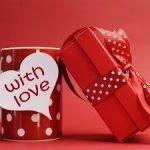 Упаковываем и оформляем подарки на День Влюбленных