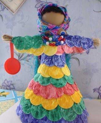декор на Масленицу, из лыка, из ткани, кукла Масленица, кукла обрядовая, куклы народные, куклы обережные, куклы своими руками, куклы славянские, куклы тряпичные, лыко, Масленица, мастер-класс, обереги, обереги своими руками, подарки на Масленицу, подарки своими руками, проводы зимы, кукла на Масленицу, http://handmade.parafraz.space/ из ватных дисков, из пластиковых бутылок, куклы из бутылок,