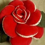 Цветочные подушки - шикарный декор для интерьера своими руками