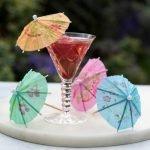 Как сделать зонтики для коктейлей своими руками - МК и идеи